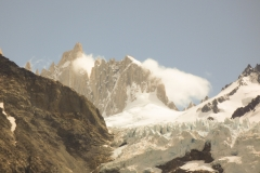 Die Aguja Guillaumet, links davon (höher) die Aguja Mermoz