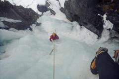 Einer der längeren Fälle in der Upper Gorge, Rjukan, Norwegen: Sabotorfossen (WI5)
