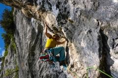 Nach einem Tag Sportklettern wollten wir zur Via Speranza am Monte Brento. Leider waren wir nicht die ersten und wollten das (Steinschlag)Risiko nicht tragen. Ausweichziel war die Sette Muri an er San Paolo Wand. Startet mit einem eher unangenehmen Aufrichter