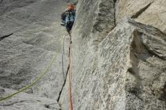 Und da ist sie: unsere allererste Yosemite Seillänge! Ta daaaah!