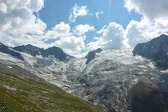 Es ist immer noch viel zu warm um irgendwas auf einem Gletscher zu verantworten...