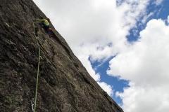 Mehrseillängentour im Granit