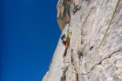 Ich steige recht zügig in einen Verhauer:) Witzigerweise das erste Mal in meinem Bergsteigerleben das ich an einem Tag den gleichen Verhauer zweimal gehe:)))))