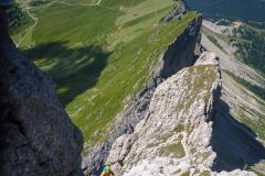 Die kletterei ist immer griffig, kein Speck und trotz zweier Dreierseilschaften über uns flog kein einziger Stein