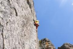 Brichelito (6c), ebenfalls im Sektor La Plava Verde. Recht filigrane Kletterei entlang einer Wasserrille