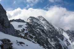 Noch ganz ordentlich Schnee, mit den Turnschuhen stellenweise schon ein wenig heikel...