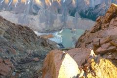 der Blick zurück auf den Glaciar Torre und die Laguna Torre. In meiner Erinnerung ist der Gletscher im letzten Jahr beträchtlich zurückgegangen