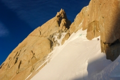 die Querung zum Col de los Americanos zwischen Aguja de la Silla und dem Fitz Roy.