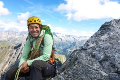 100m vorm Gipfel halten wirs nicht mehr aus und wechseln zurück in die Zustiegsschuhe