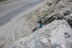 Da wir den Gipfel schon vom Pöatenzauber kennen seilen wir über die Melzerplatte ab. Der kommode Abstieg ist zu verlockend :)