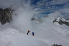 zum Gipfel führt dann noch ein schöner kleiner Schneegrat. Eine gute kurze Tour perfekt für den Ankunftstag