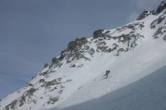 Kurz unterm Rintljoch wirds schon ordentlich steil. Wir haben hier Skidepot gemacht und sind zu Fuss weiter. Ski besser mitnehmen