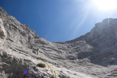 Die tollen Platten, der griffige Fels, das Ambiente in diesem herrlichen Kessel! Genial!