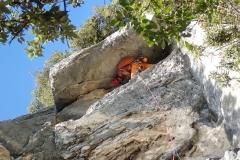 In der 7. Seillänge lustiges gerampfe unter einem kleinen Überhang. Hier ist der faltbare Yogi gefragt:)