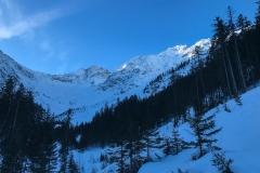 Das war die geplante Richtung...zum Elmer Muttekopf. Füllstand und Aussicht auf besseren/unverspurten Schnee ließ unsdasSchafkarschnell Richtung Westen verlassen