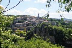 Village des caractère: Balazuc