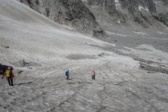 Abstieg über einen Restgletscher