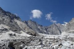 Große Arena - großes Granitspektakel. Links geht´s zum Passo di Zocca (wenig empfehlenswert da extrem ausgeapert und brüchig).