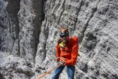 Die Abseilpiste ist für 60m Seile ausgelegt, in bestem Zustand und leicht zu finden