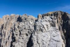 Eine Seilschaft am Gipfel des Daumens der Fünffingerspitze