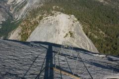 """runter gehts via """"Cables"""" und einem autobahnähnlichen Wanderweg, später über den Aufstiegsweg zurück"""